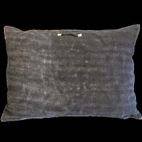 Lounge pillow grey