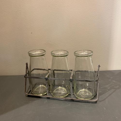 Milk glass carrier