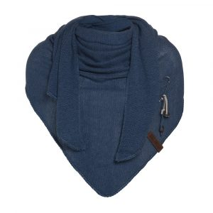 lola-triangle-scarf-jeans-